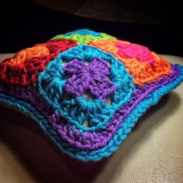 queen_babs crochet pincushion