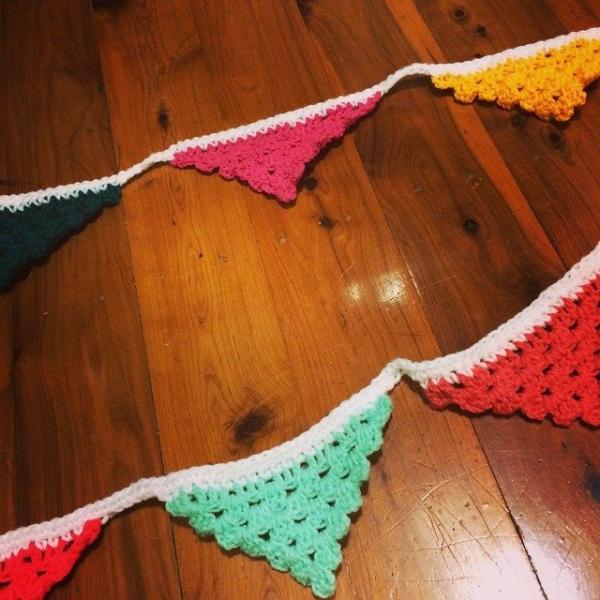roguequeen crochet bunting
