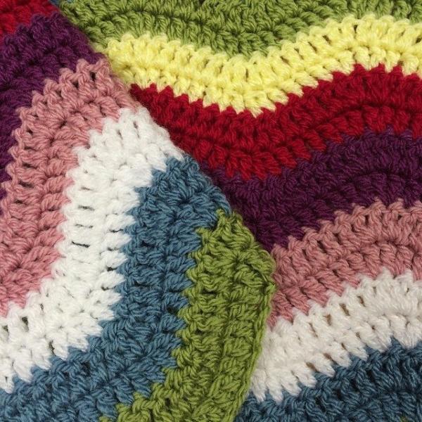 thepolkadotgiraffe crochet chevron colorful