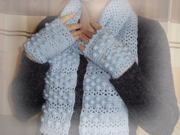 v-stitch and bobbles crochet pattern set