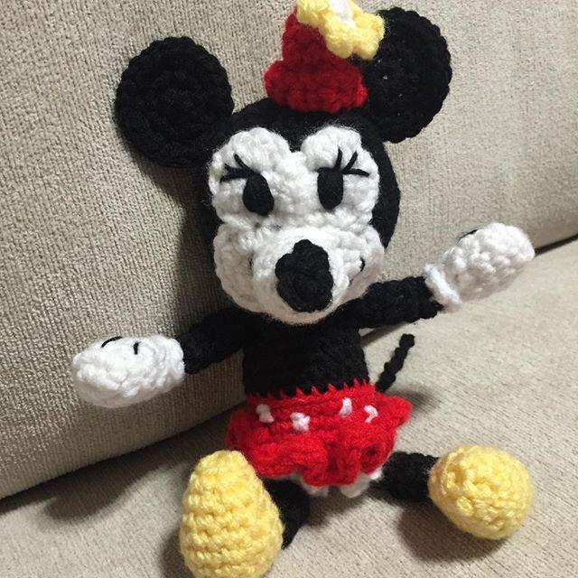 audra_hooknowl crochet minnie mouse