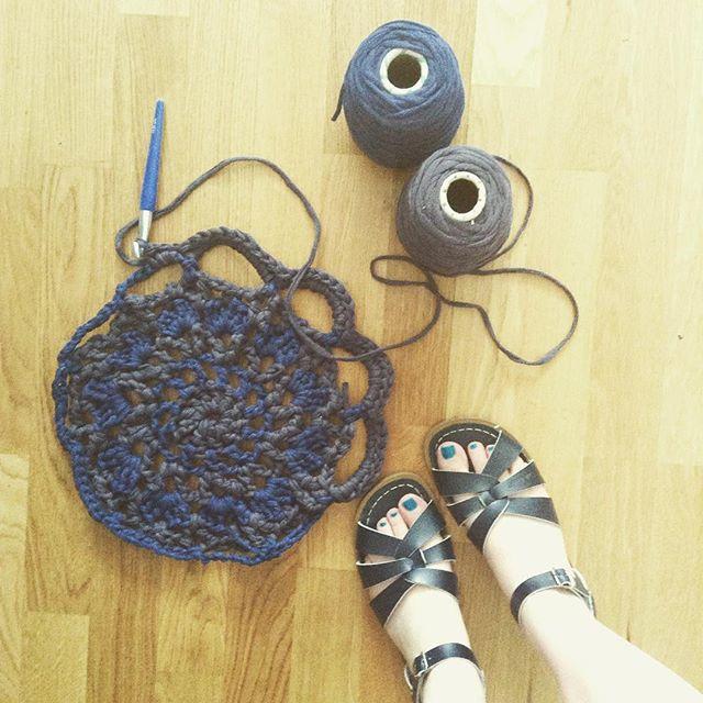 beccamathilde crochet rug