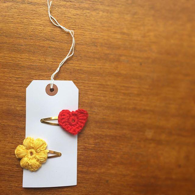 cozamundo crochet flower hair clips