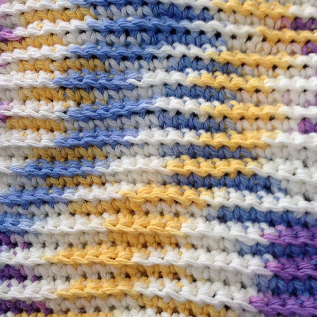 crochet dishcloth detail