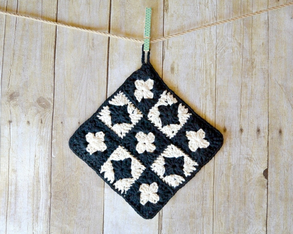 crochet granny potholder free pattern