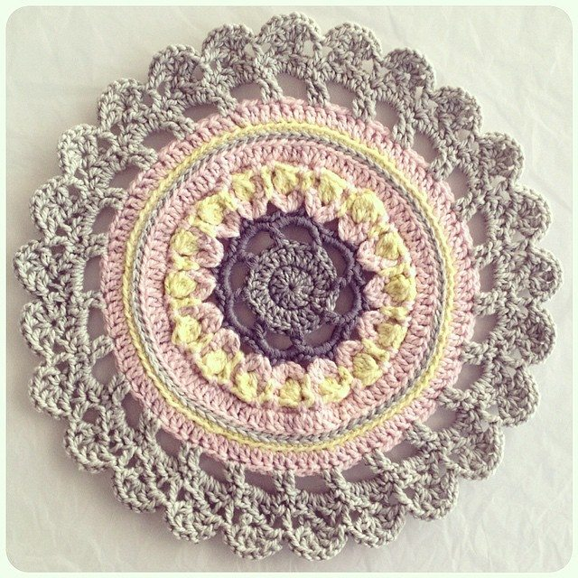 crochetinpaternoster mandala crochet