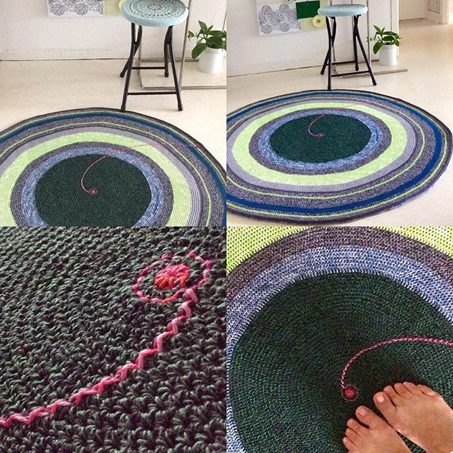 elisabethandree crochet rug