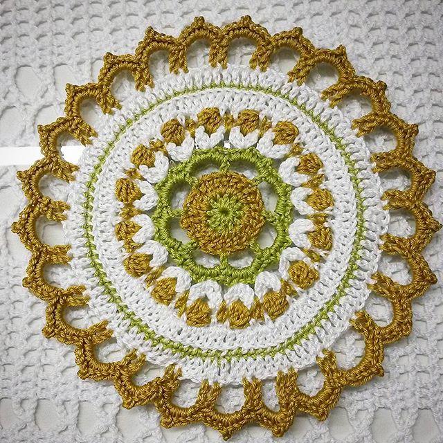 elzavan912 crochet mandala