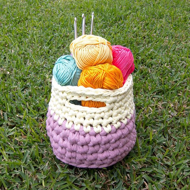 flamingpot crochet basket