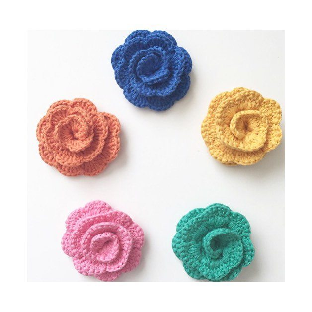 forever__autumn__ crochet flowers