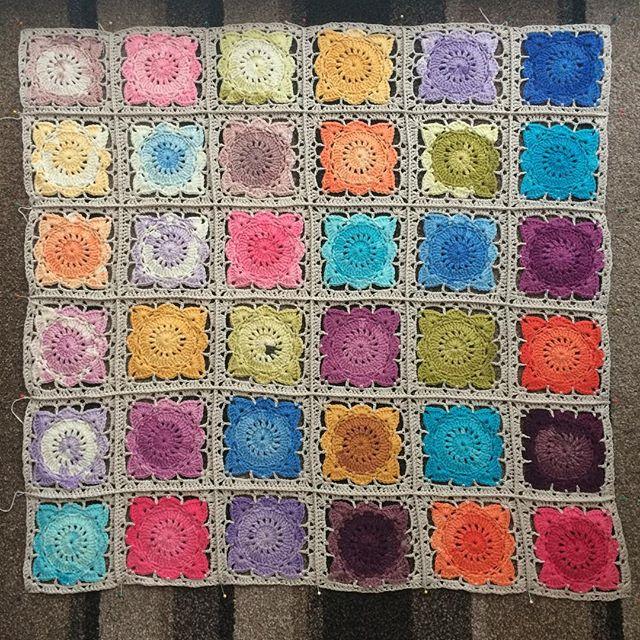 foxyloxy69 crochet squares