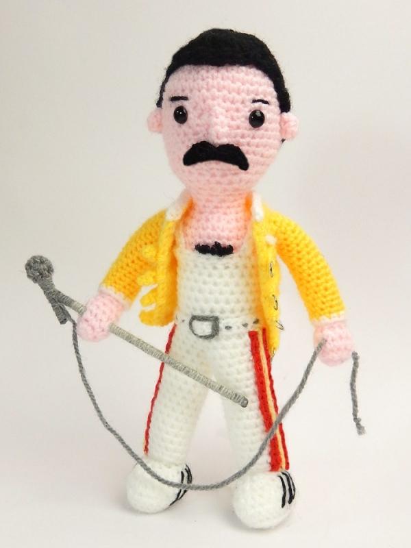 freddie mercury crochet pattern