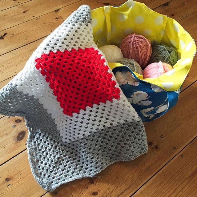 holly_pips crochet granny blanket