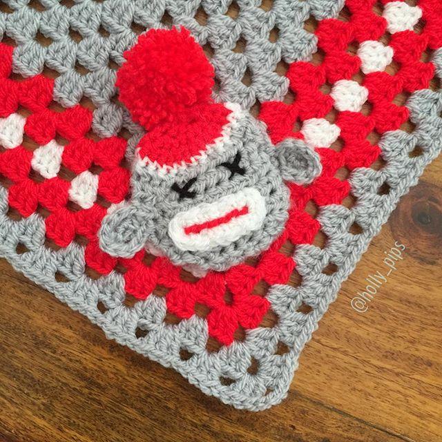 holly_pips crochet sock monkey blanket