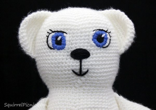 how to add faces to amigurumi