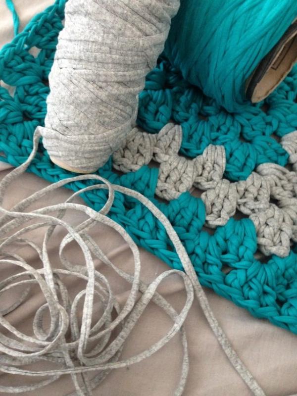t-shirt yarn crochet bath mats