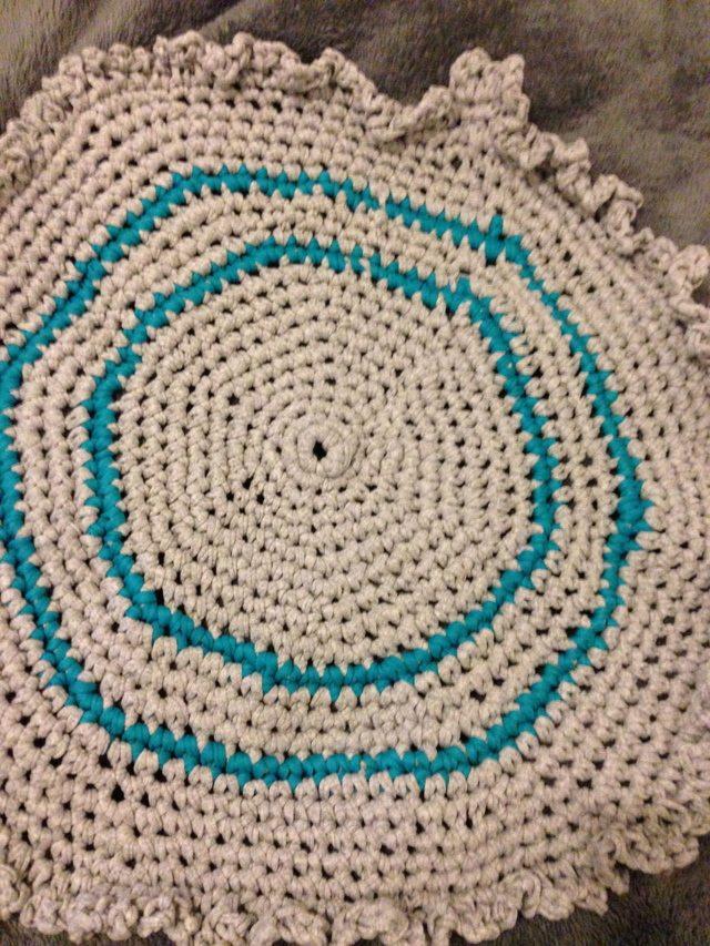 t-shirt yarn crochet bath mat
