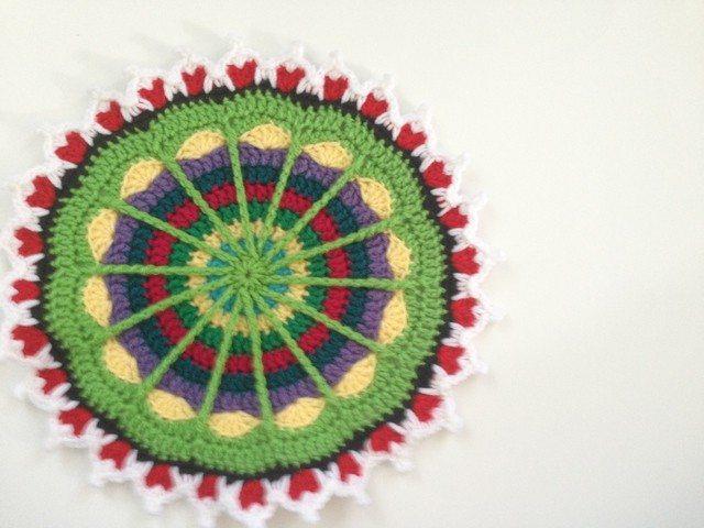 sarah stitchhikers crochet mandala for mandalasformarinke