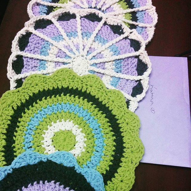 julie_accrochet crochet mandalas