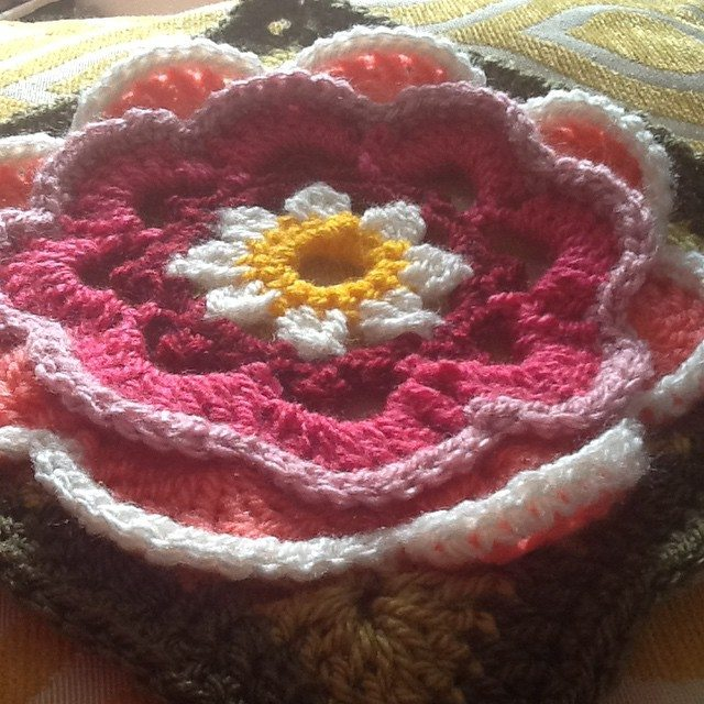 kelly_green72 crochet flower