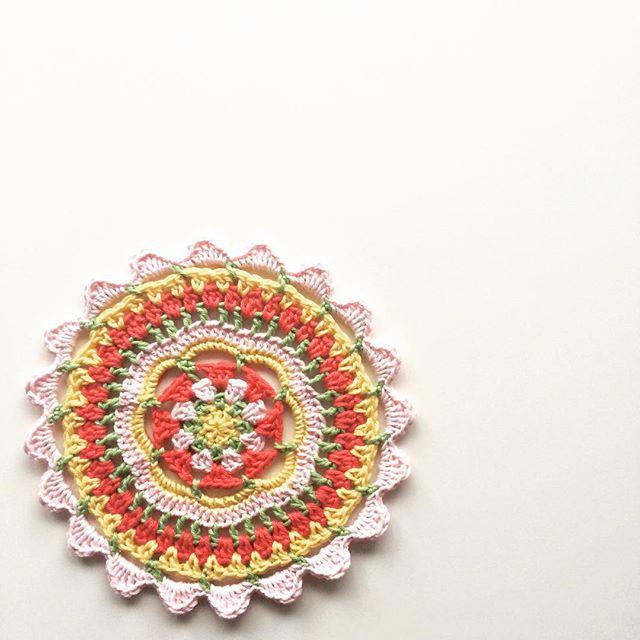 knitpurlhook crochet mandalas