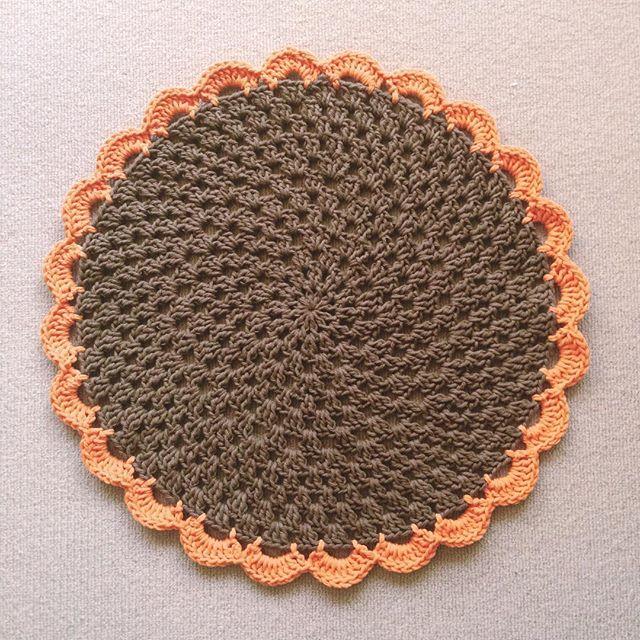 knitpurlhook crochet rugs