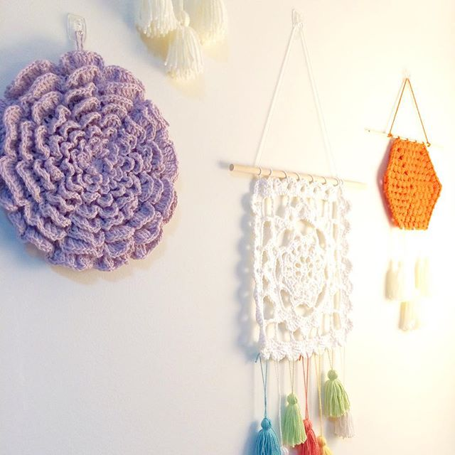 knitpurlhook crochet wall art