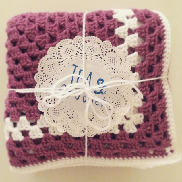 lou.teacrochet crochet baby blanket