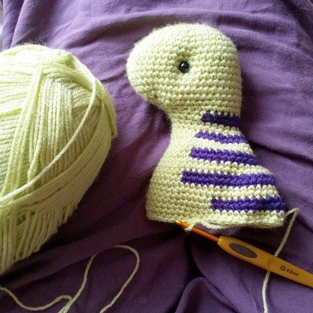 madebylouiza crochet dino