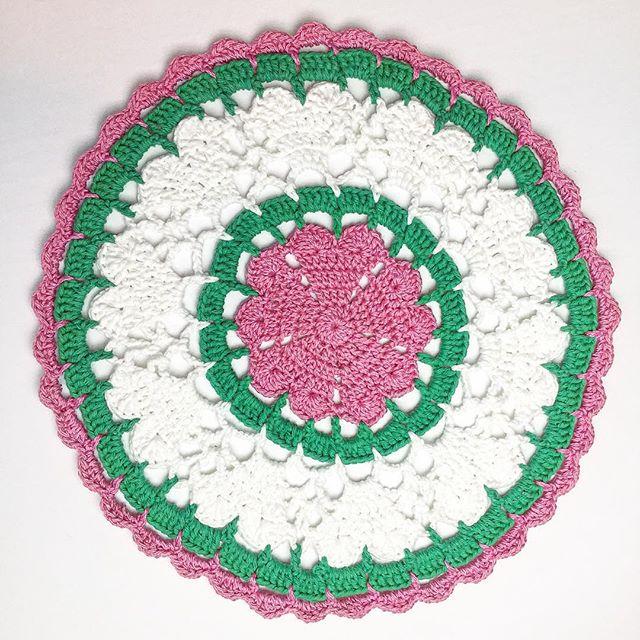 ovenbirdllc crochet mandala