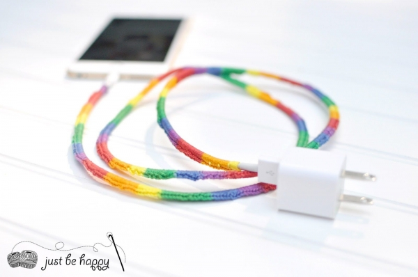 rainbow crochet phone cord tutorial