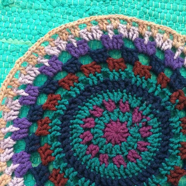 readamy crochet mandala