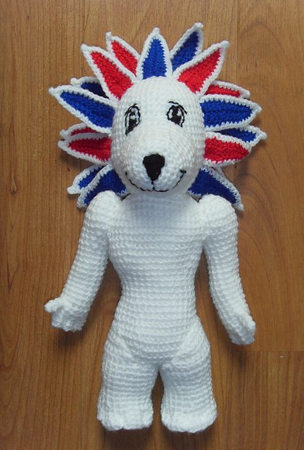 red white blue crochet lion pattern