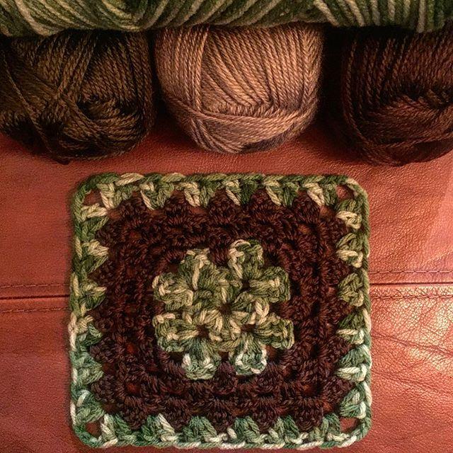 rubyjaneslane camo crochet square