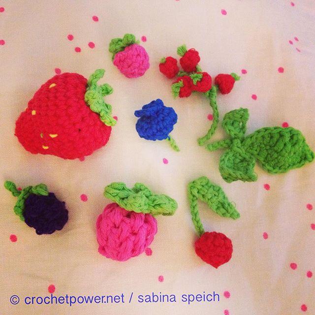 sabinaspeich crochet berries