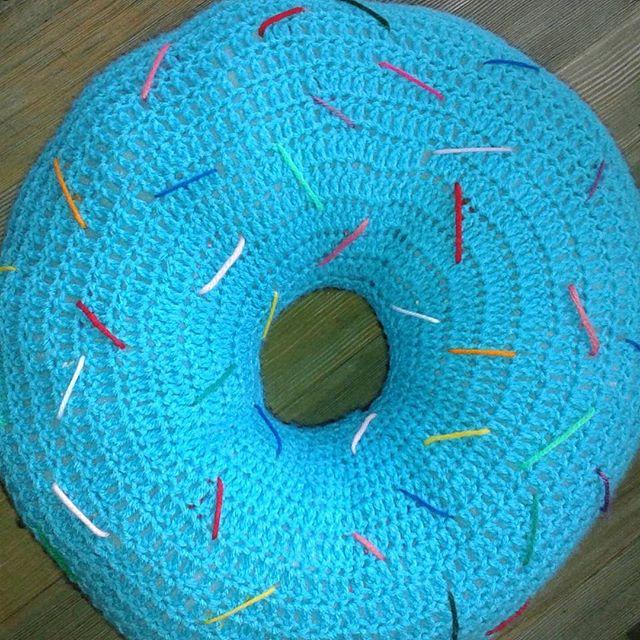 sabrinamc7 crochet donut