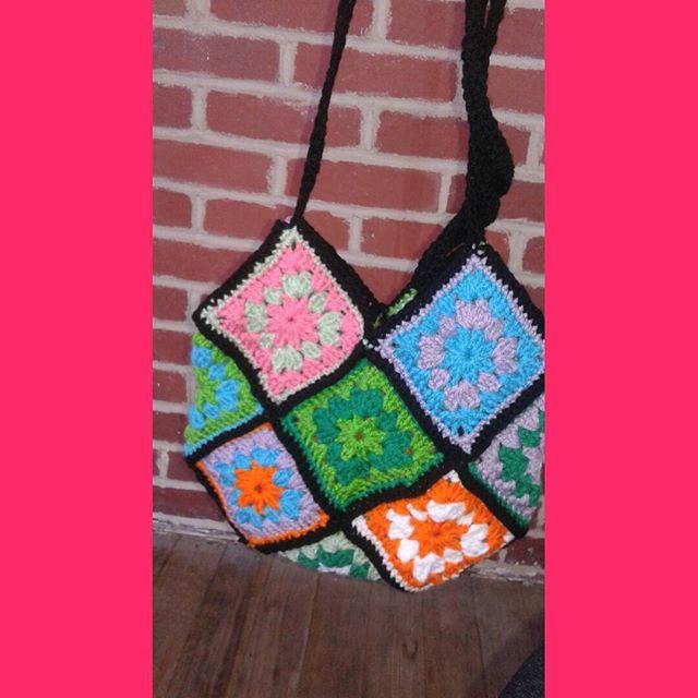 sabrinamc7 crochet granny purse