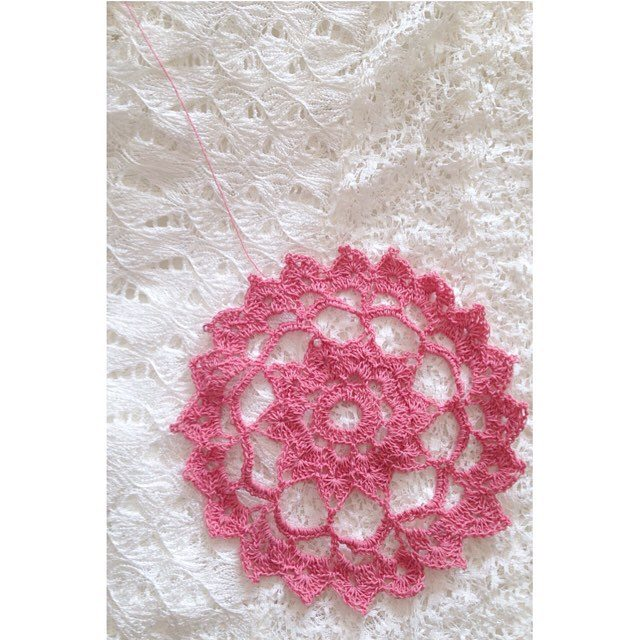 sweet_sharna crochet thread doily
