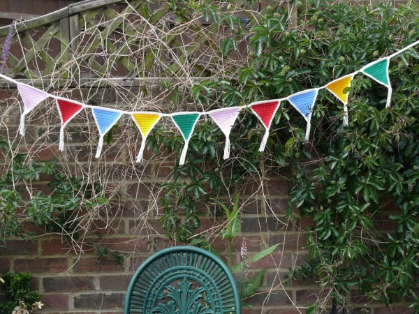 triangle bunting crochet pattern