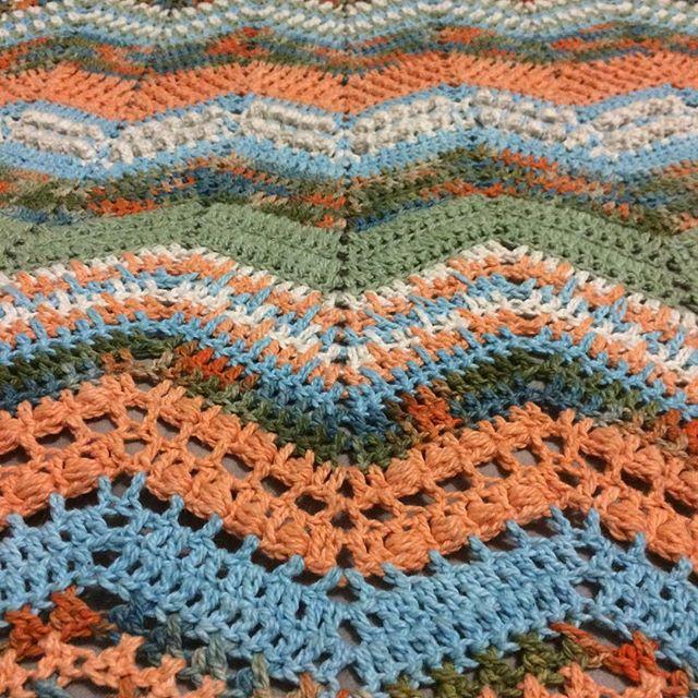 yarn_in_a_barn crochet ripple blanket