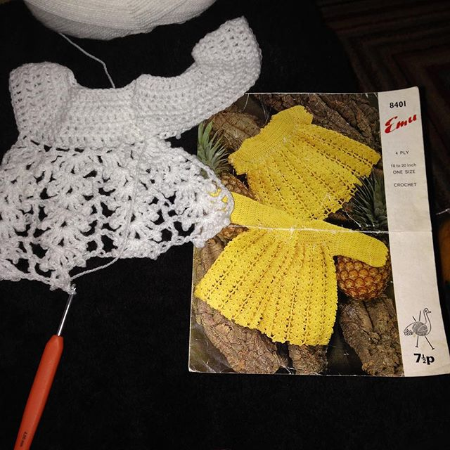 amyflower_vintage_handknits crochet for baby
