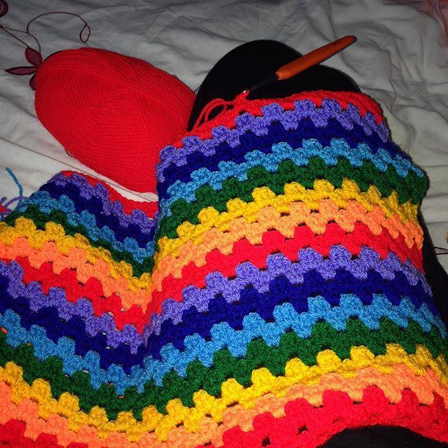 amyflower_vintage_handknits rainbow crochet granny stripe blanket