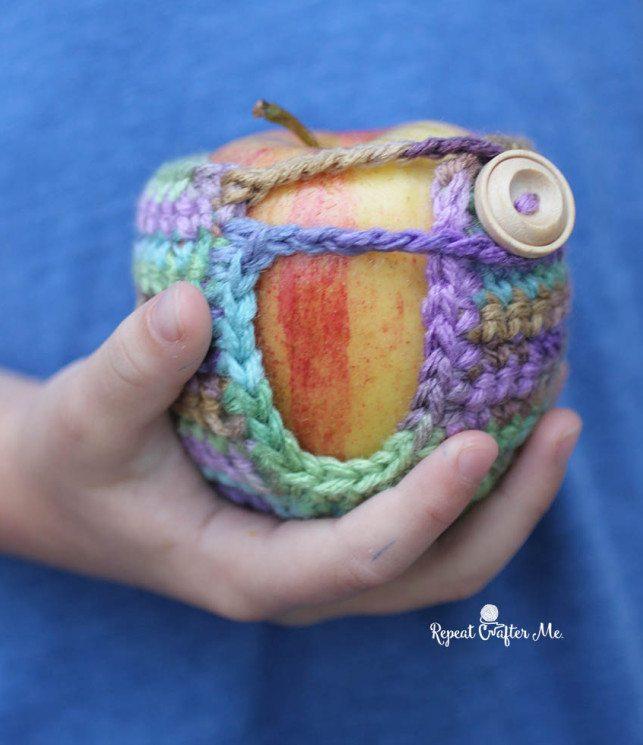 apple cozy free crochet pattern