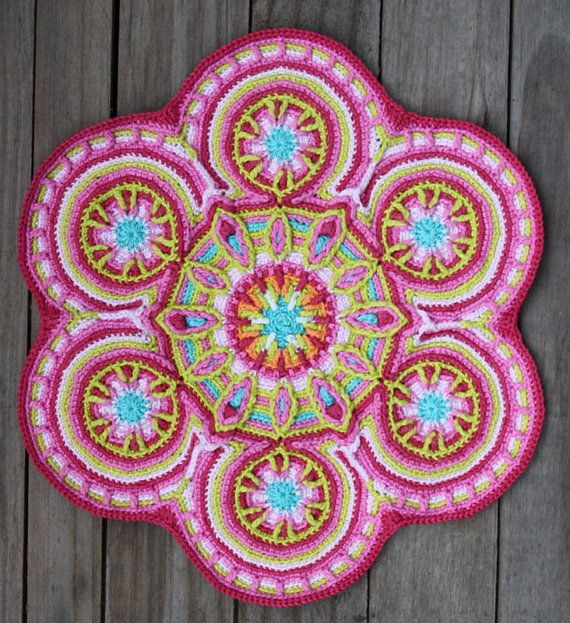 carocreated crochet mandala pattern