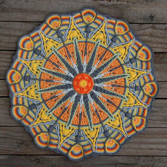 carocreated crochet mandala