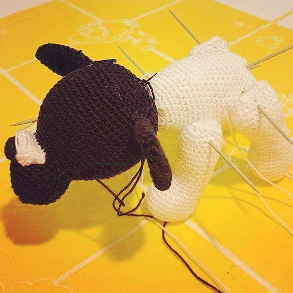 cattaryna crochet dog WIP
