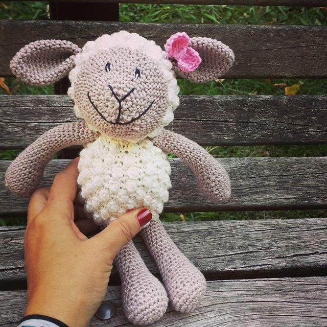 cattaryna crochet sheep