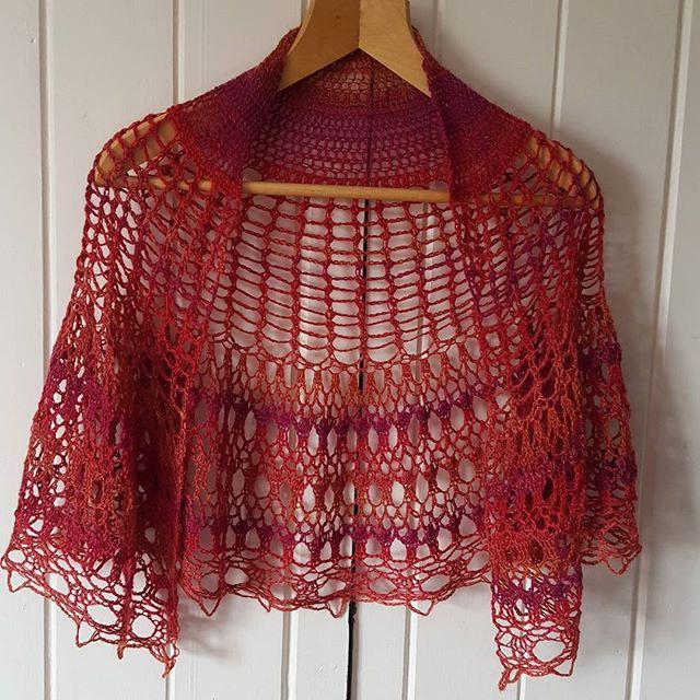 classybird28 crochet cherry pi shawl