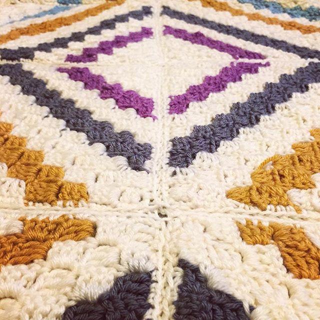 cozamundo crochet cedarrivercal blanket