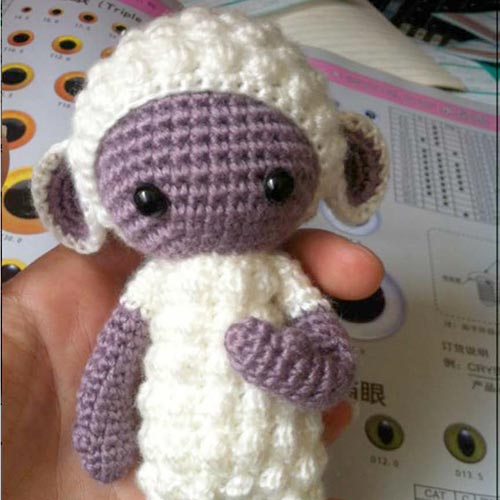 LUPO the lamb / sheep • lalylala crochet pattern / amigurumi ... | 500x500